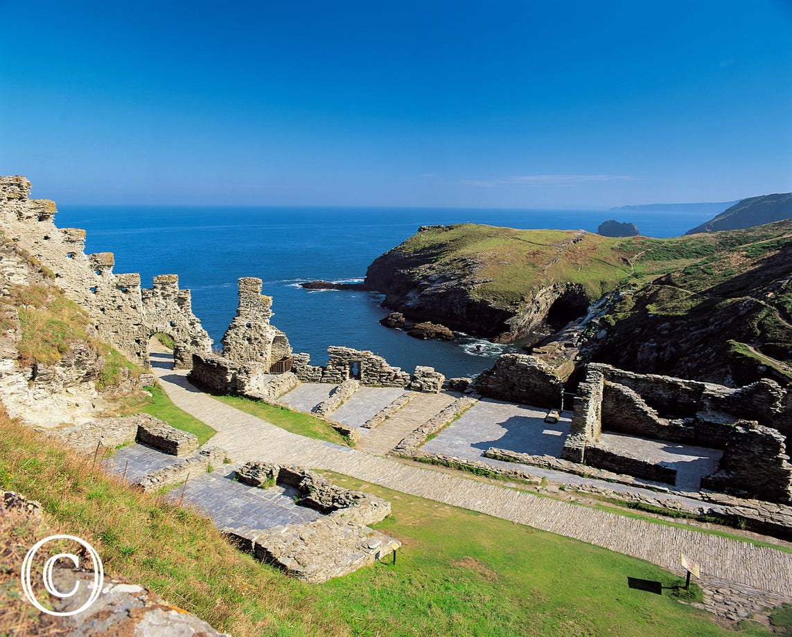 Only a 15 minute drive to beautiful Tintagel