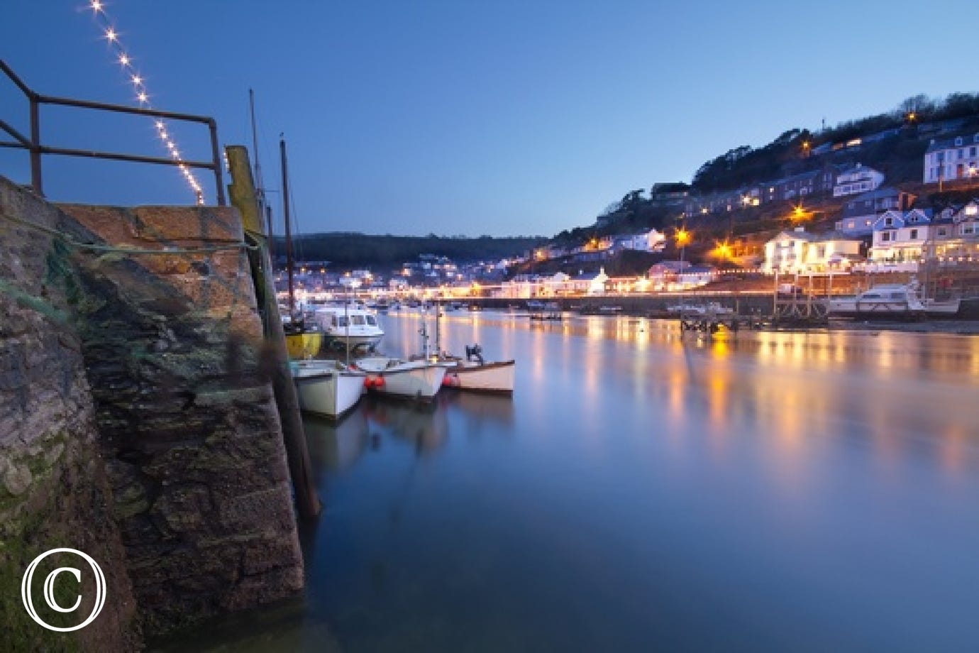 Looe harbour at night