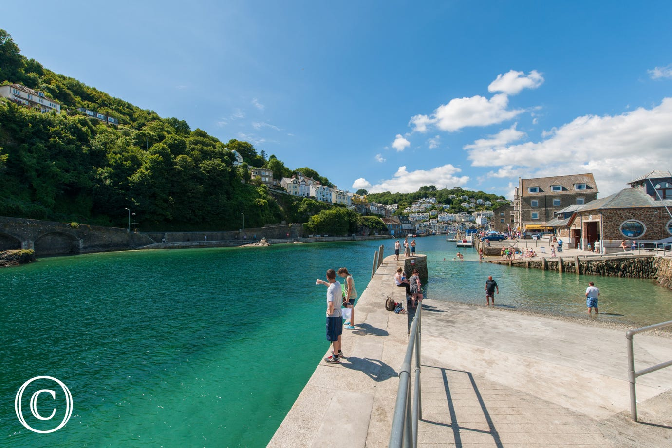 Looe harbour - just 70 yards