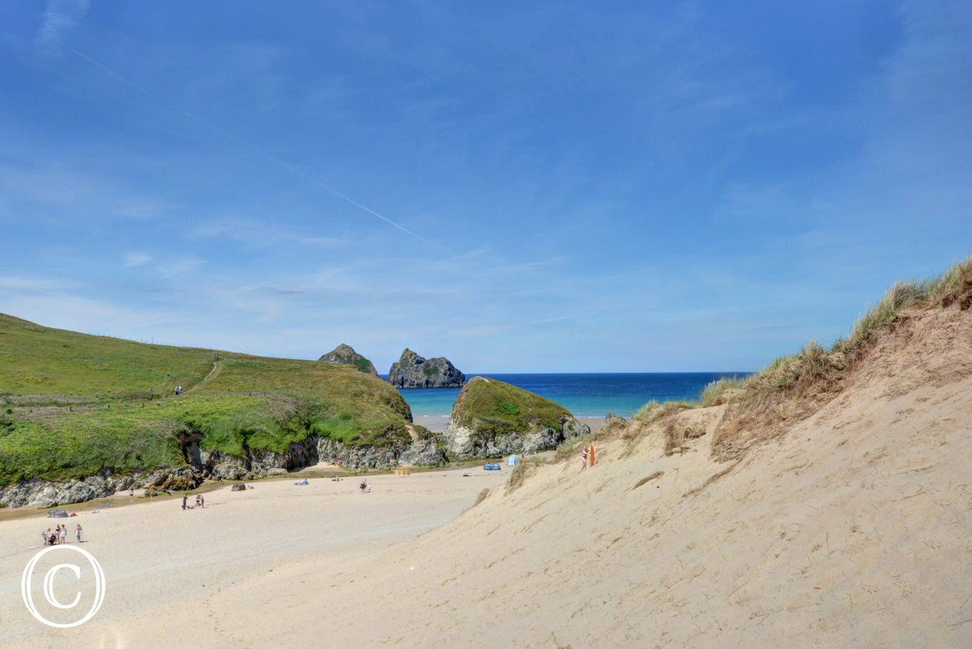 Just a 7 minute walk to Holywell Bay