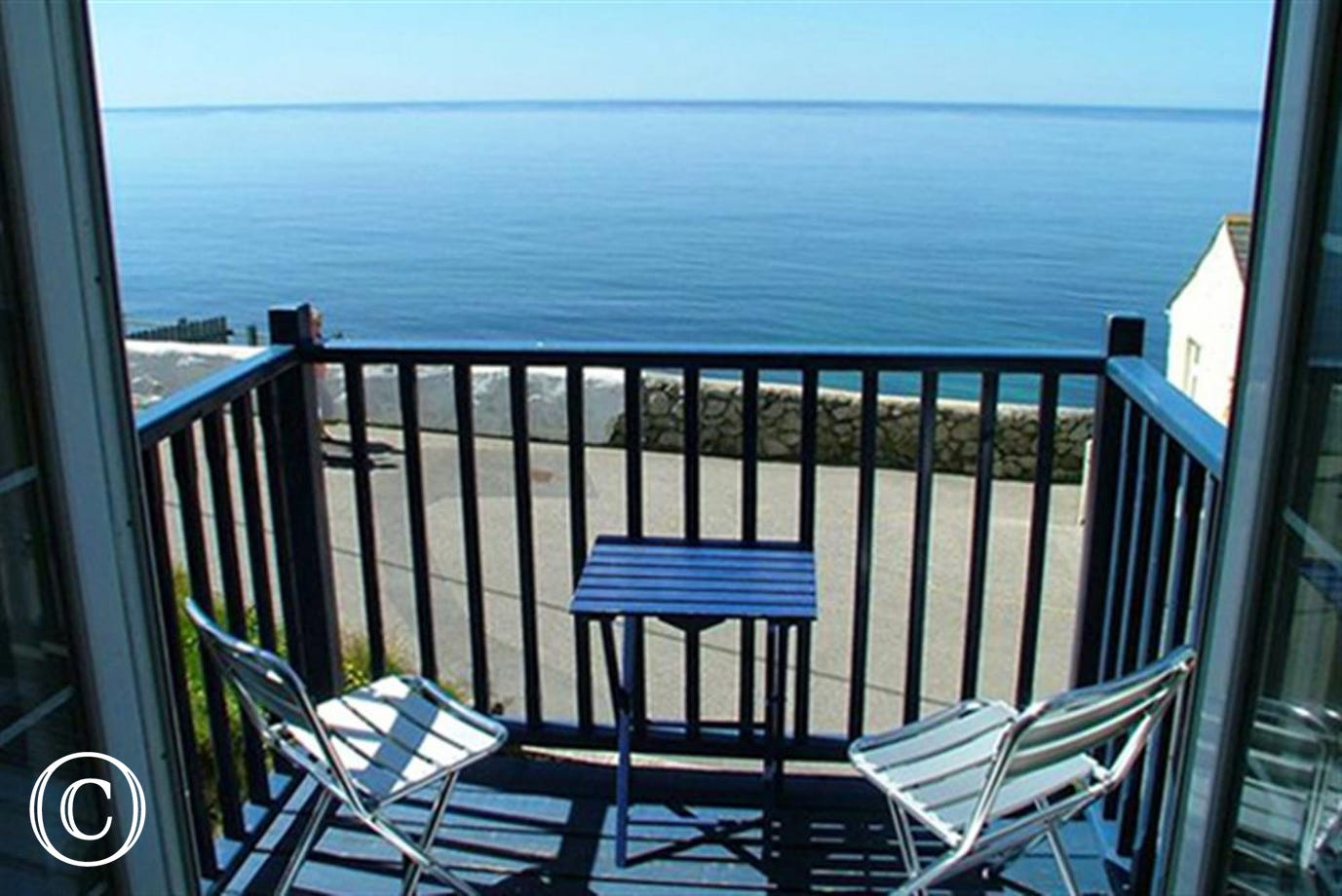 Cliff Top Cottage balcony