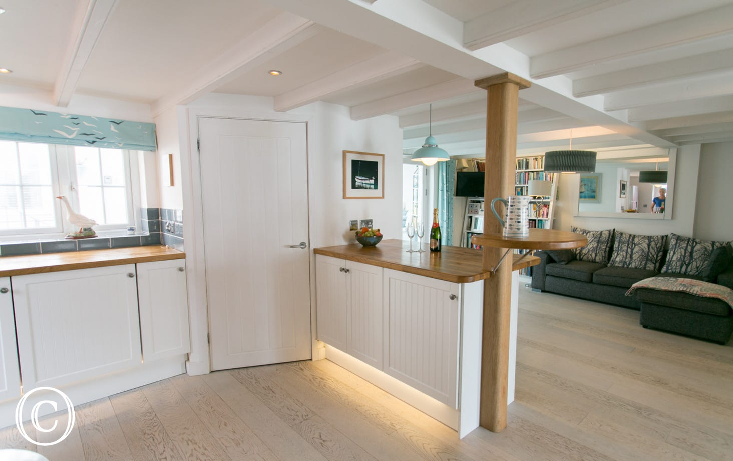 Samphire Cottage downstairs open plan area