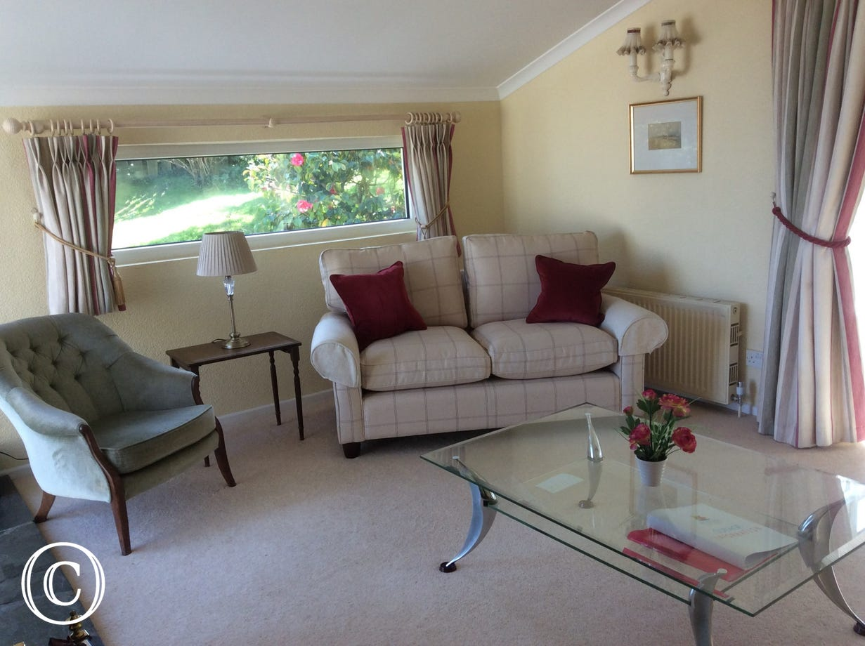 The sitting room at Windrush