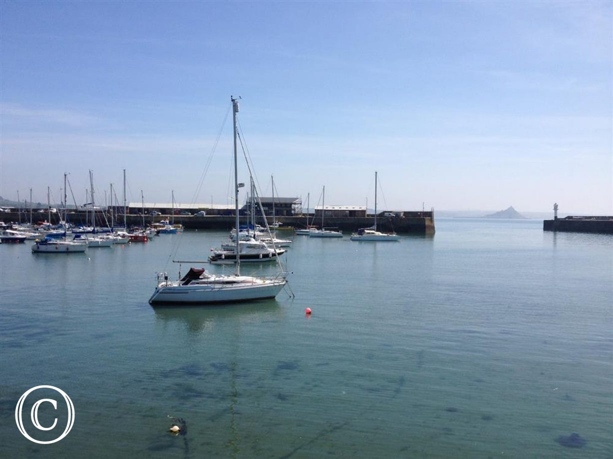 Penzance Harbour and town centre is approx 2 miles away - ideal for shopping or perhaps a spot of lunch